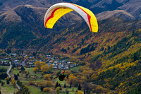 Para sailing over Arrowtown